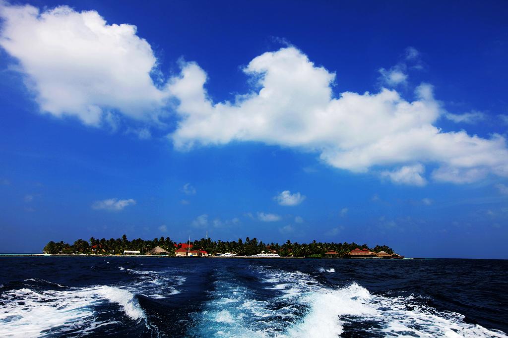 2.椰子岛海边风景