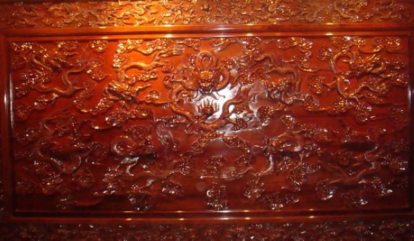 精工细作的木雕窗棂,丰富而厚重的古徽州文化