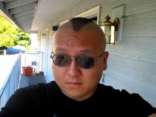 一群流氓:光头风暴和我的新发型!