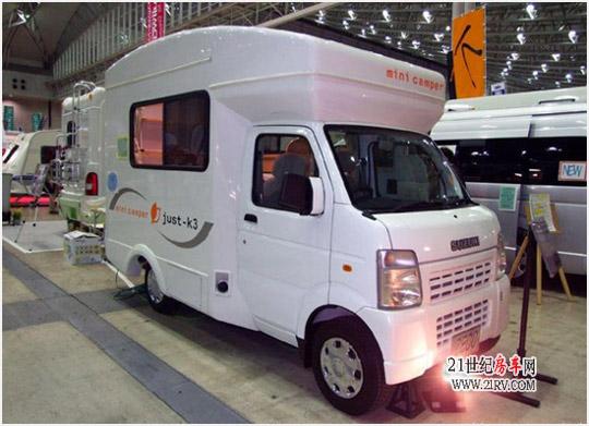 在2月9日到11日举行的2008日本房车露营展上,欧美地区的大型房车