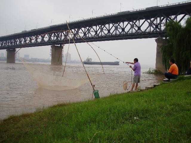 南昌大桥儿童画画