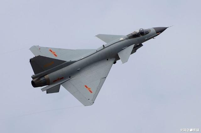 是首架由西工大独立设计和制造的飞机,当年3月开始草图设计,12月试飞