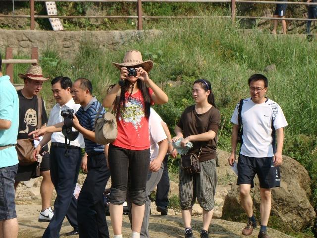 陡塘坡是黄果树之行最快乐的一站.在这里,每一个人都仿佛高清图片
