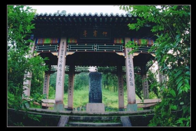 此外 还有省级风景名胜区42个,杭州之江国家旅游度假区和萧山湘湖