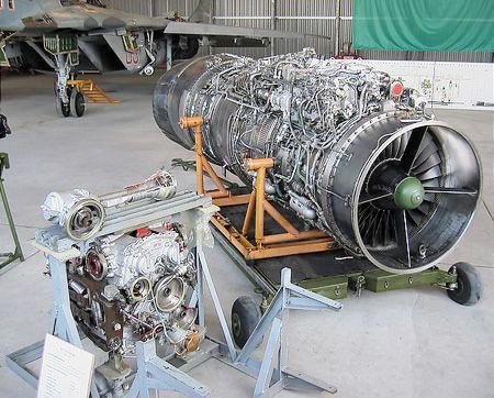 一架枭龙需配5台rd-93 毛子发动机真坑爹
