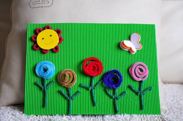 周五接孩子的时候,老师布置的作业,让用各种材料来表达春天来了图片